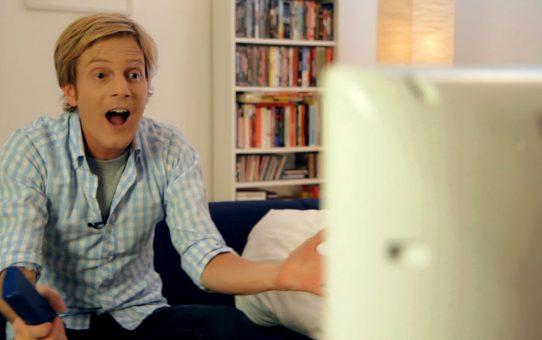 Walulis sieht fern - Dein Fernseher lügt - von Astroshows, Volksmusik und anderen Peinlichkeiten